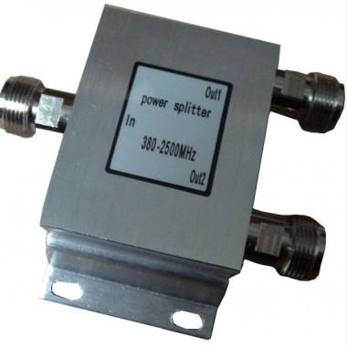 ICST2P - широкодиапазонный делитель мощности на 2 выхода